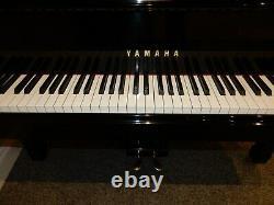 Yamaha C3 Grand Piano. 5 Ans De Garantie. Autour De 38 Ans