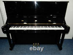 Yamaha Yus3 Piano Droit. 5 Ans De Garantie. À Seulement 10 Ans